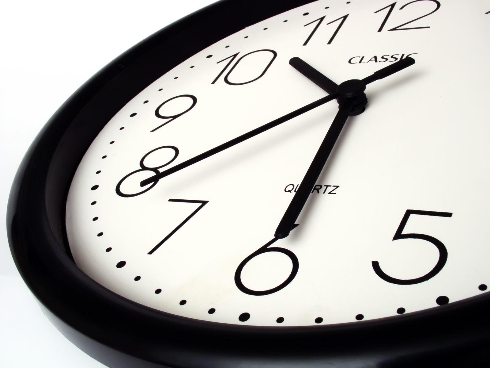 thời gian làm việc04