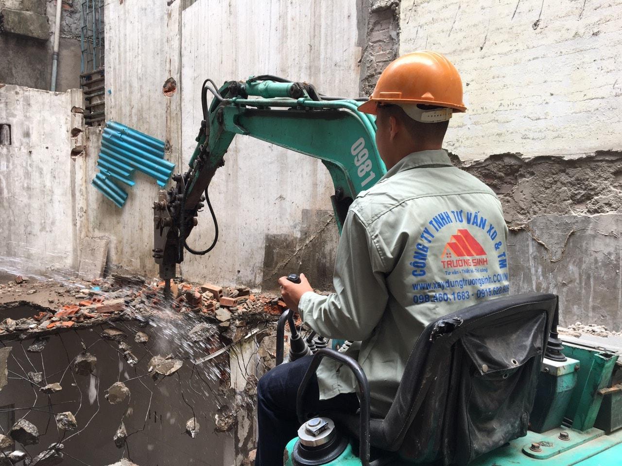 Báo giá phá dỡ nhà cũ tại Hà Nội [Update T4/2020 XD Trường Sinh]